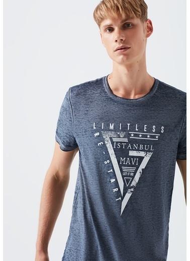 Mavi Limitless İstanbul Baskılı  Tişört Lacivert